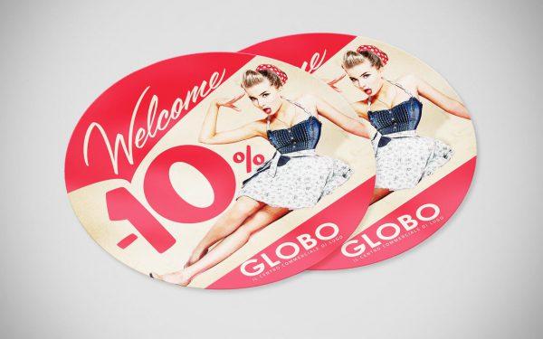 Adesivo negozi centro commerciale Globo